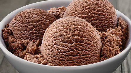 Kazein ve Gluten İçermeyen Çikolatalı Dondurma