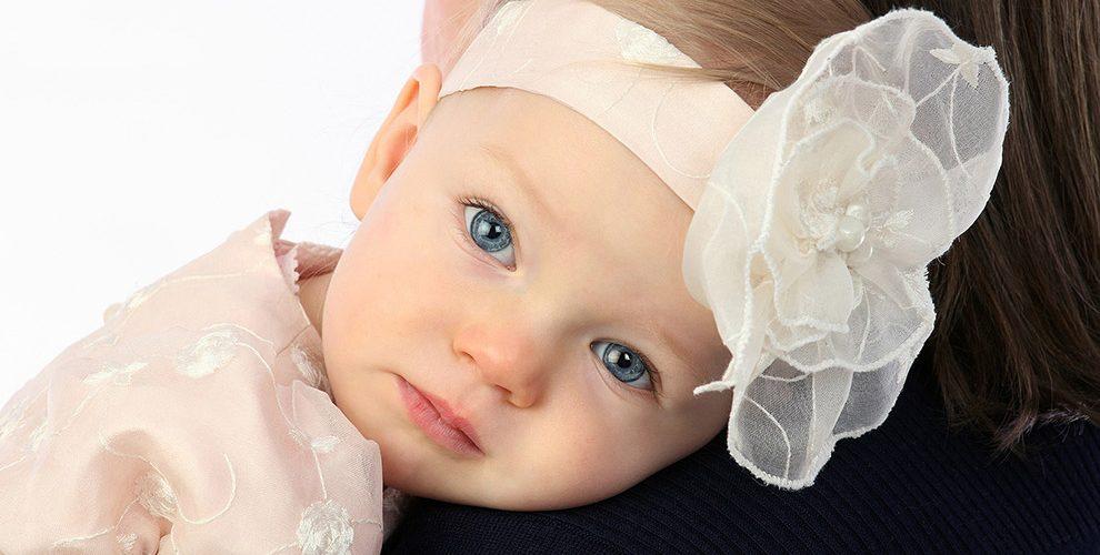 Otizmli Çocuklar, Bebeklikte Yüzlere Yeterince Bakmıyorlar